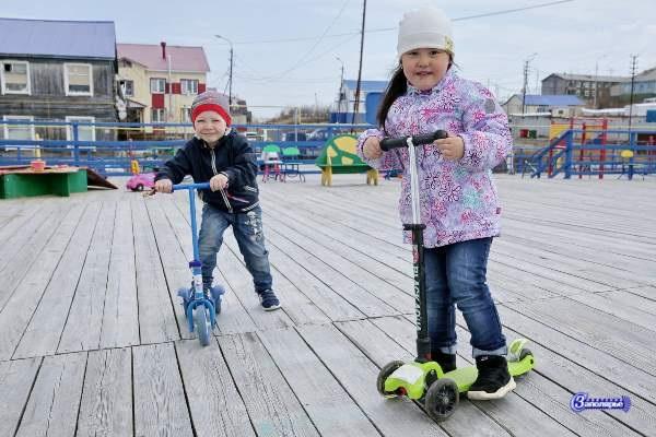 Дежурные детские сады в Тазовском